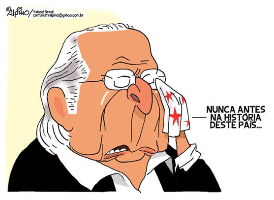 Dirceu é condenado à prisão por chefiar Mensalão.